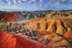 كاربرد مواد معدنی در صنایع (بررسی رابطه بین سرعت حفاری و خواص ژئومكانیكی سنگ)